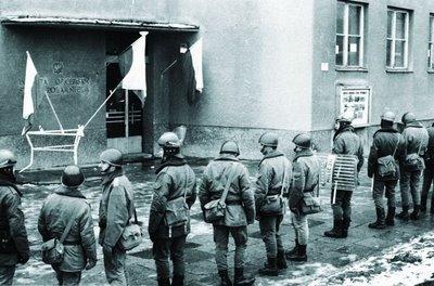 30′ rocznica strajku wWyższej Oficerskiej Szkole Pożarniczej